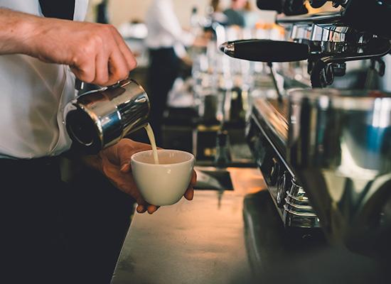 カフェ事業